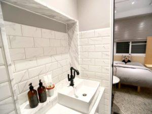 標準雙人房_室內空間_廁所_洗手台