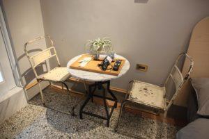 標準雙人房_室內空間_桌椅擺設